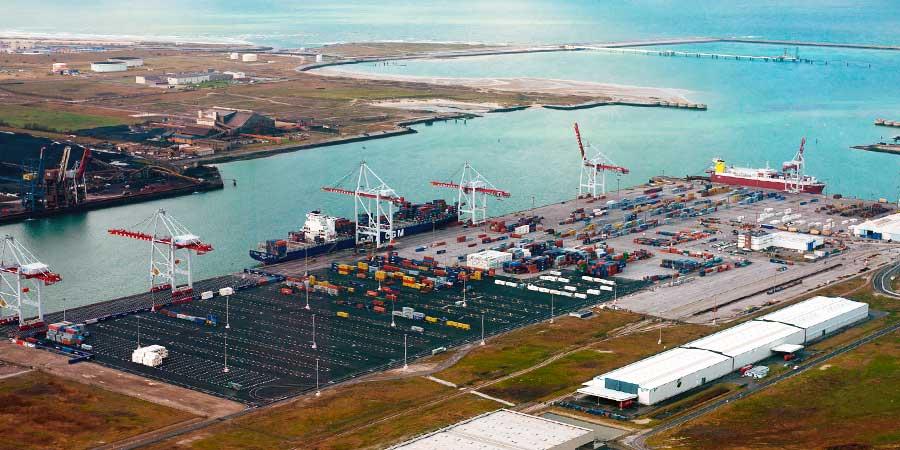 Terminal des Flandres : 49 hectares of facilities, an annual capacity of 600 000 EPV