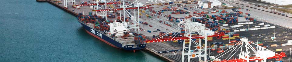 The container terminal at the port of Dunkirk is a Restricted Area